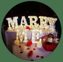 -נישואין-פנים-עגול הצעת נישואין על יאכטה